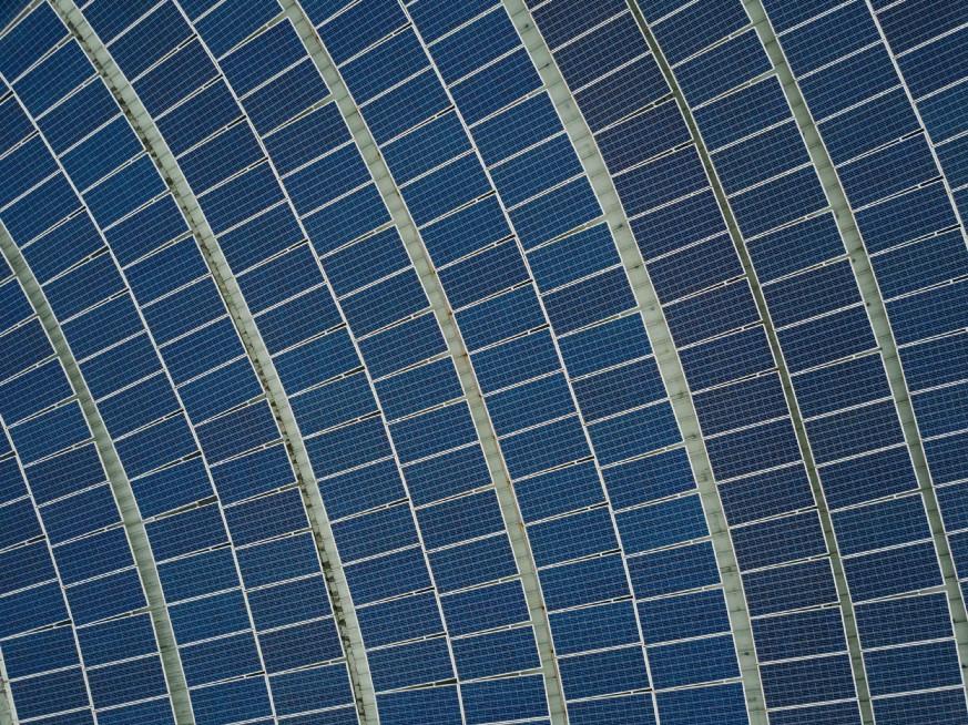 Guess What #3: Energia solare? Ora è inblockchain