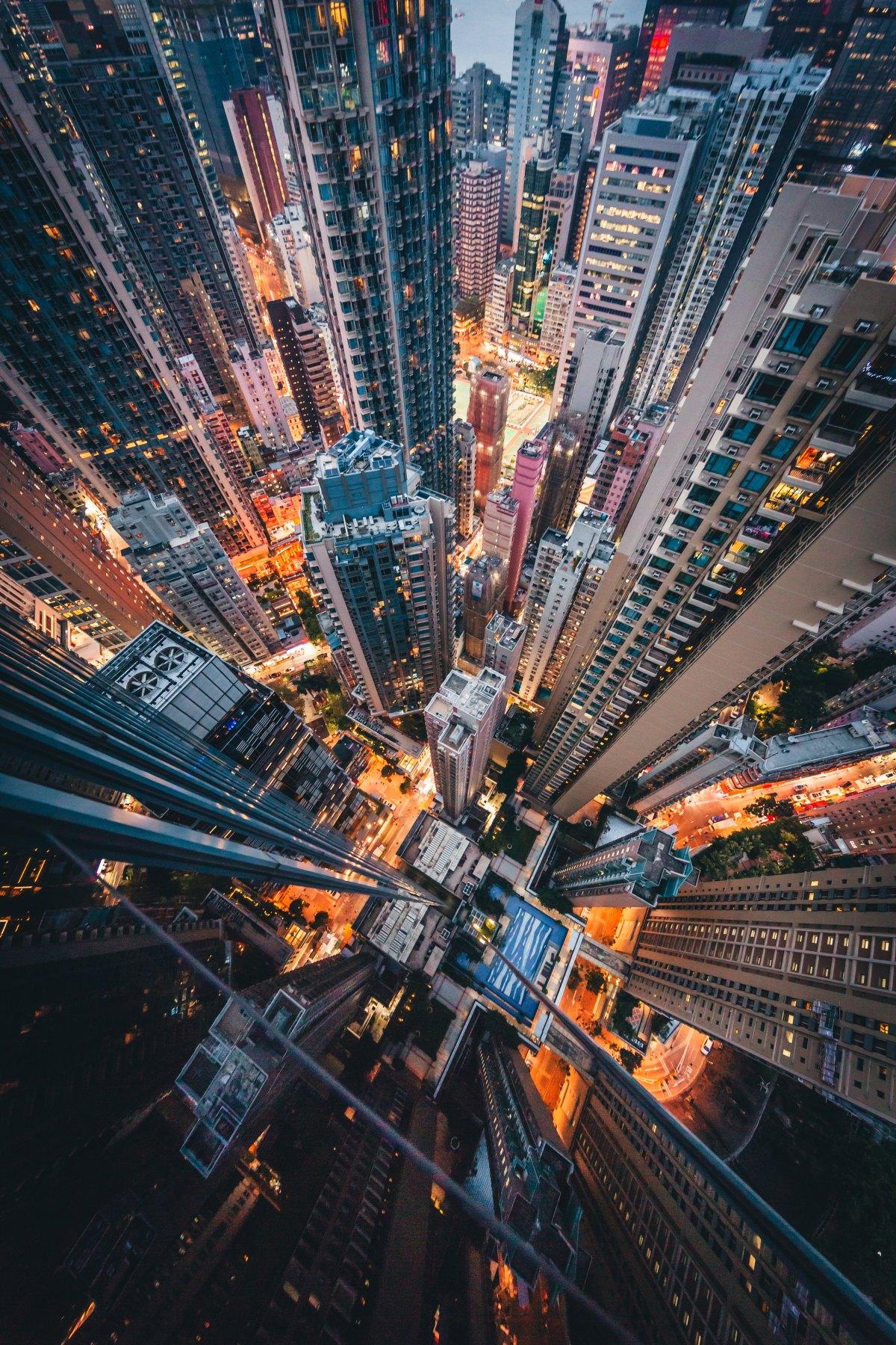 Guess What #5: Vivere in blockchain…… a Utopia sipuò!